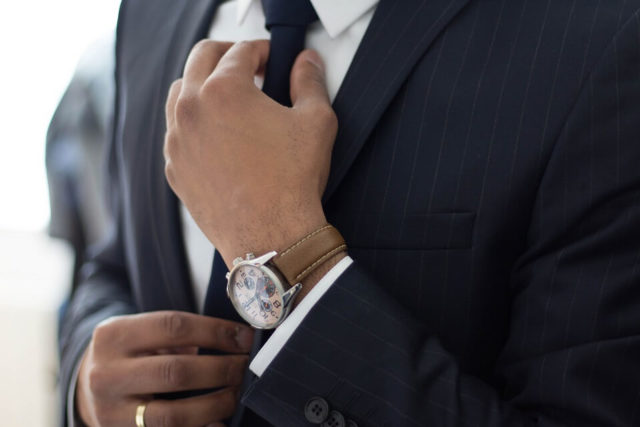 How to dress for a job interview and find success in 2020